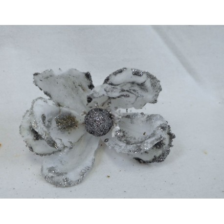 5292 Baby magnolie metal